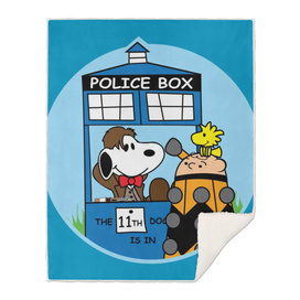 Snoopy Doctor Who Tardis