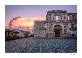El Fuego Sunset and a beautiful Ruin in Antigua