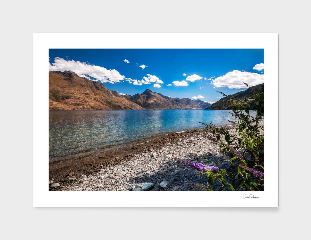 Mountain Range view at lake Wakatipu, New Zealand.