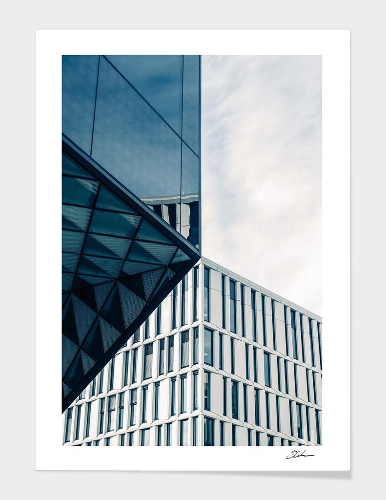 ALIGNED / Berlin, Germany