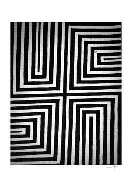 Lines and Squares Optical Illusion