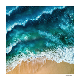 contrasted sea
