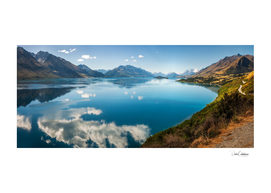 Amazing View of Lake Wakatipu in New Zealand