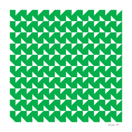 Flying Triangles Green