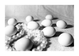 eggs and necklace