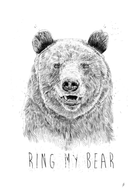 Ring my bear (bw)