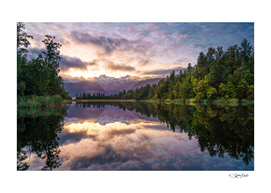 Lake Matheson sunrise Perfect Reflection, New Zealand
