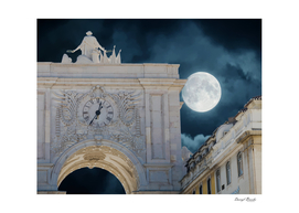 Arco da Rua Augusta at Night