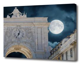 Arco da Rua Augusta at Night