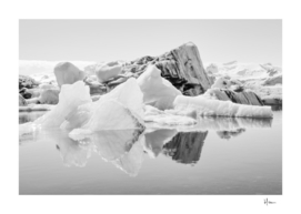 Icebergs (black and white version)
