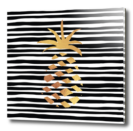 Gold Pineapple-B&W