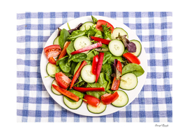 Fresh Salad with Red Pepper