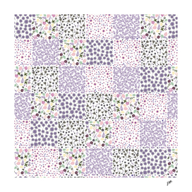Minute Details Floral lilac and pink ditsy flowers patern