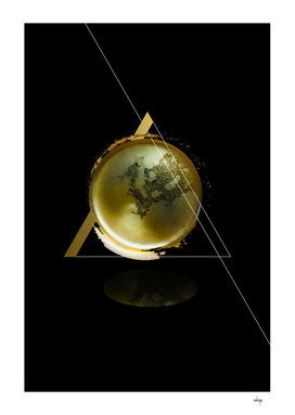 Triangular Entangled Moon Black