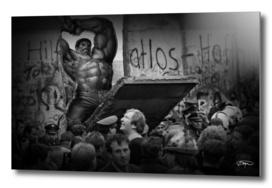 Hulk / The Fall Of The Berlin Wall