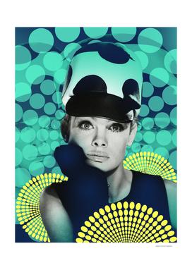 Supermodel Shrimpton 2 - Supermodels of the Sixties Series
