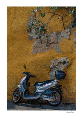 Scooter in Villiefrance