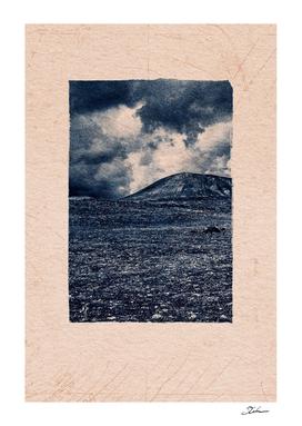CLASSIC BLUE / Volcanic Rocks 02