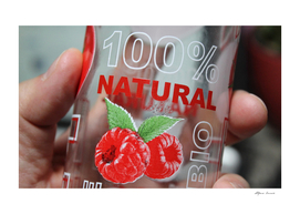 100% natural raspberry flavored drink