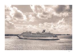 Cruise Ship Horizon