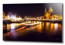 Night city canals (Amsterdam).