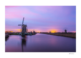 Sunset in Kinderdijk. (Holland Windmills).