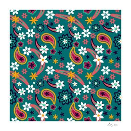 Floral pattern with leaves and flowers paisley style