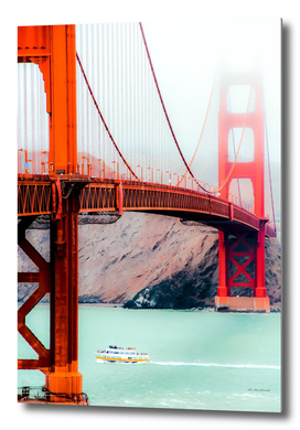 Boat and bridge view at Golden Gate Bridge, San Francisco