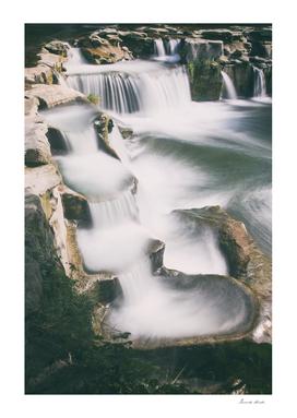 Toss river cascade