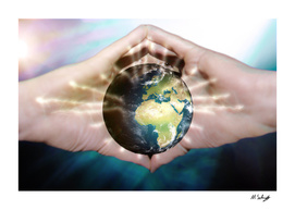 The energy to save the world between your Hands
