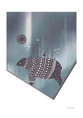 Northern bear with grey polar lights