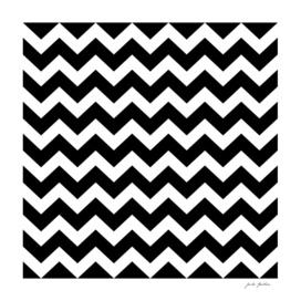 Black and white ZIG ZAG elements