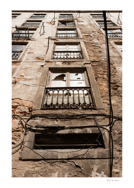Broken window Lisbon