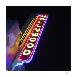 instaPIX: Hollywood Neon
