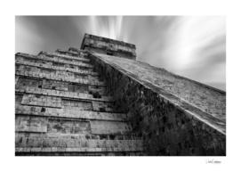 El Castillo in black and white