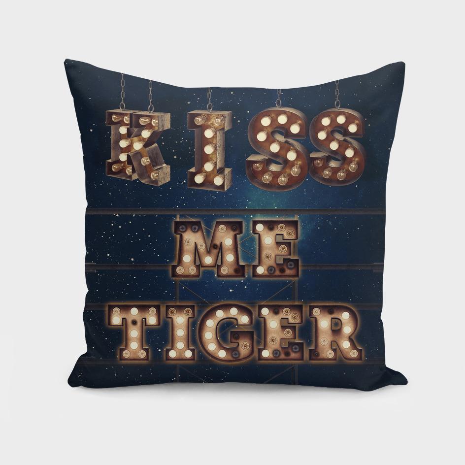 Kiss me Tiger-Star