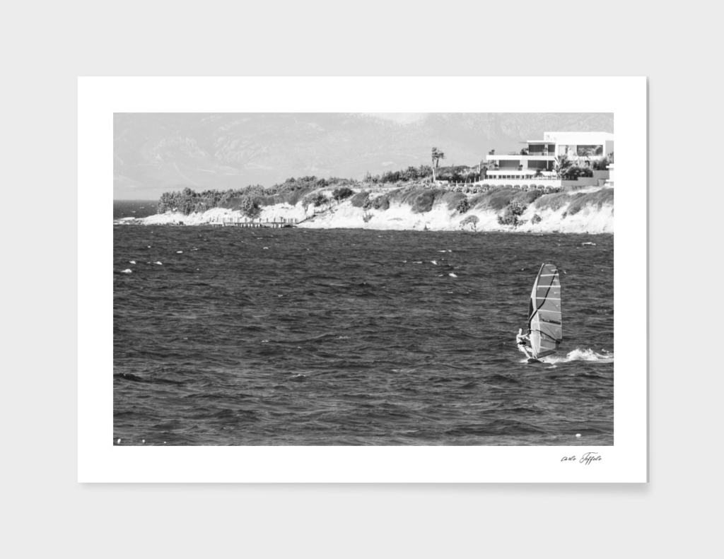 Wind surfing in Turkey - Black and white