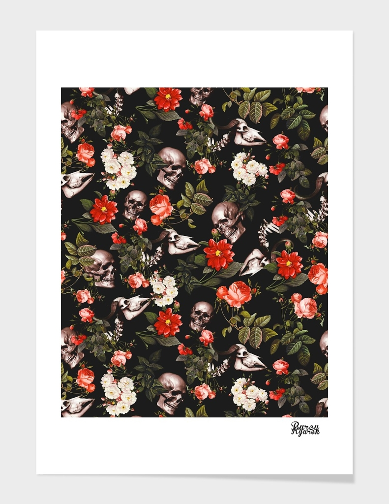 SKULL AND FLORAL