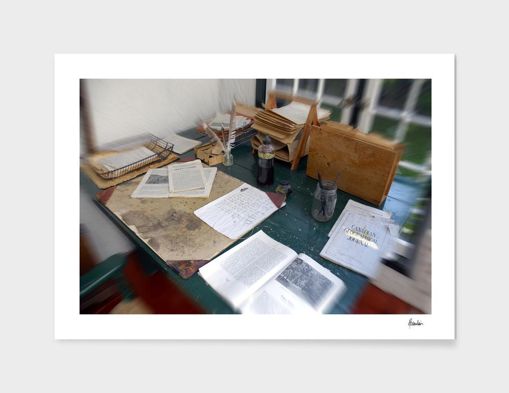080922E Leacock's downstairs desk
