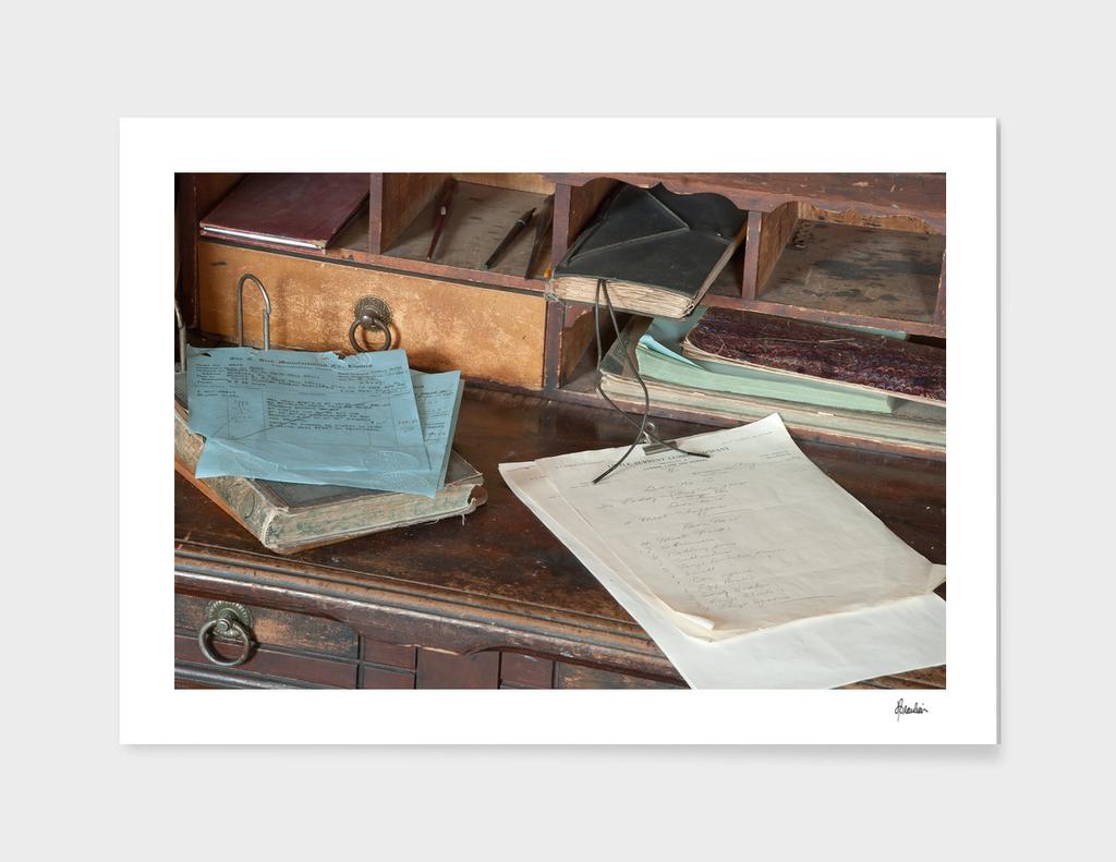 130126K Desk scene