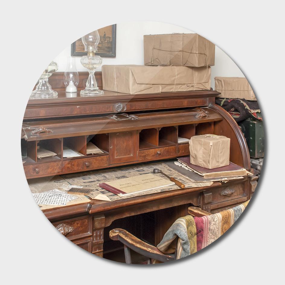 150912ZM Desk scene 1