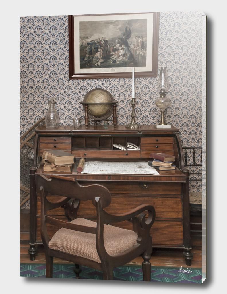 150912ZM Desk scene 6