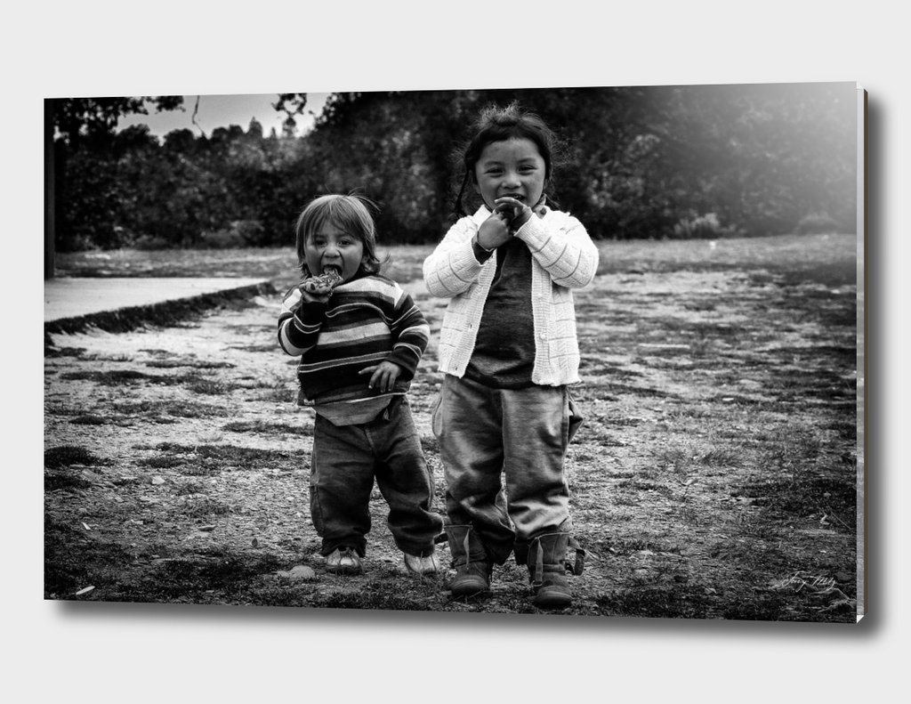 B/W MEXICAN KIDS