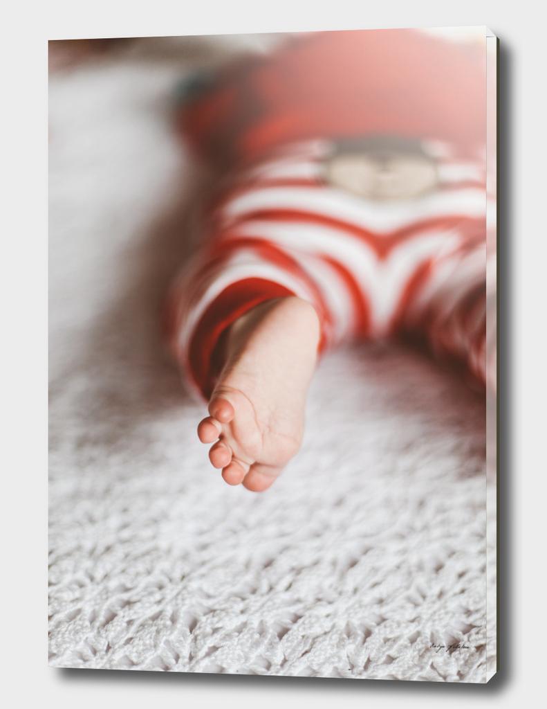 Baby's foott