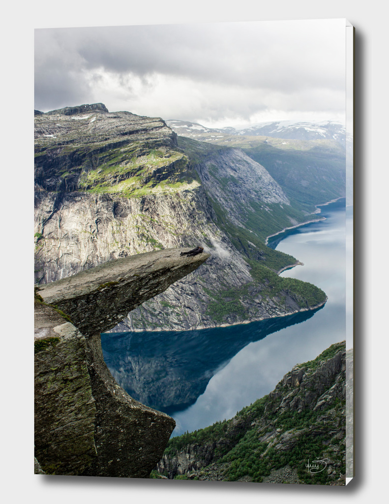 People on Trolltunga, Norway
