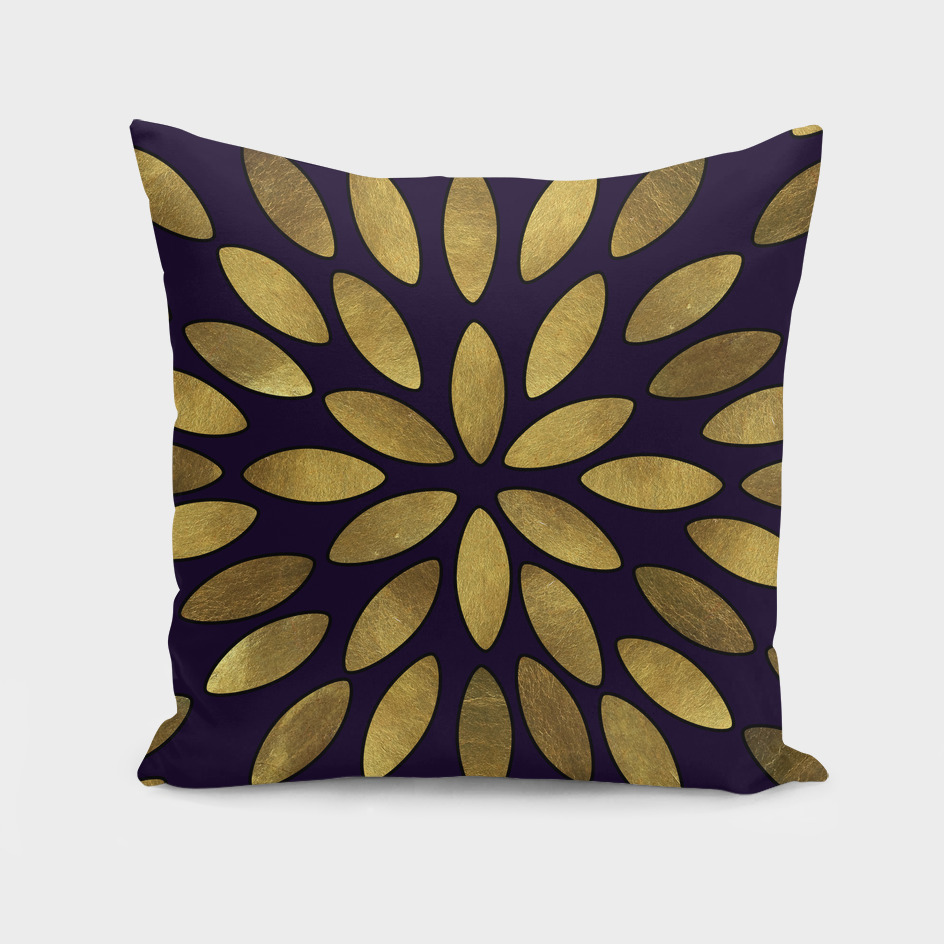 Classic Golden Flower Leaves Pattern