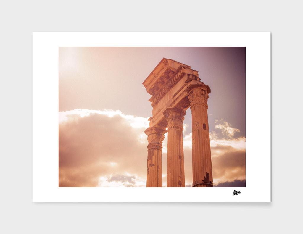 Forum Romanum: pillars