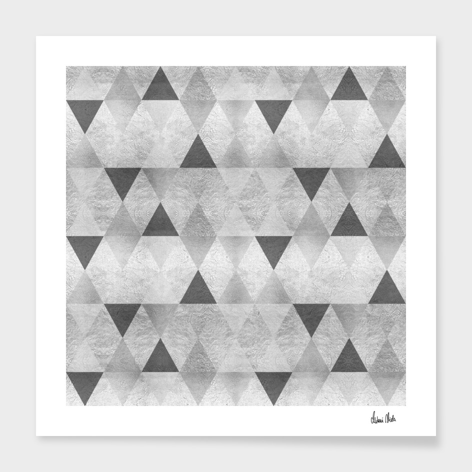 GRAPHIC PATTERN Sparkling triangles | silver