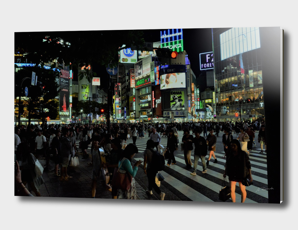Famous Shibuya crossing, Tokyo