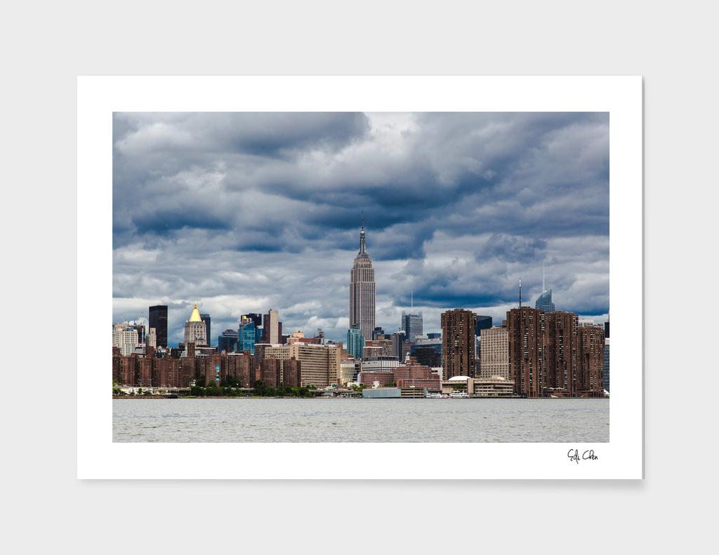 Cloudy day on Manhattan Midtown Skyline